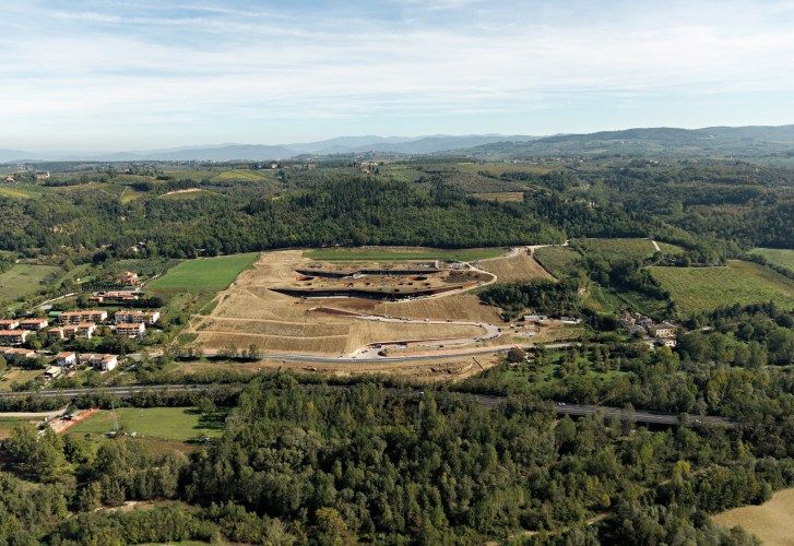 ARCHEA_CANTINA_ANTINORI_002_PS-Antinori-Winery-Archea-Associati-©-Pietro-Savorelli.jpg?fit=727%2C500
