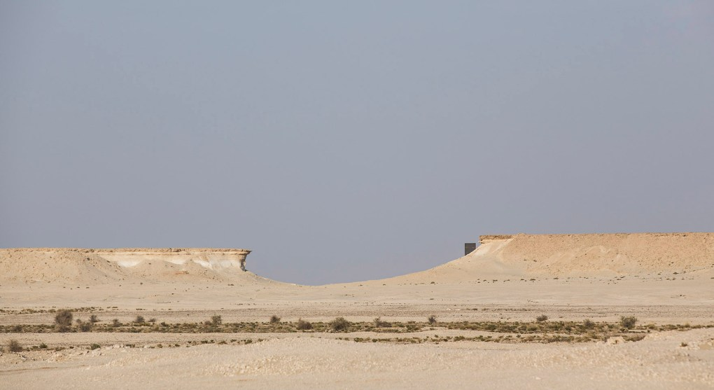 richard_serra_east_west_west_east_qatar_201014_283