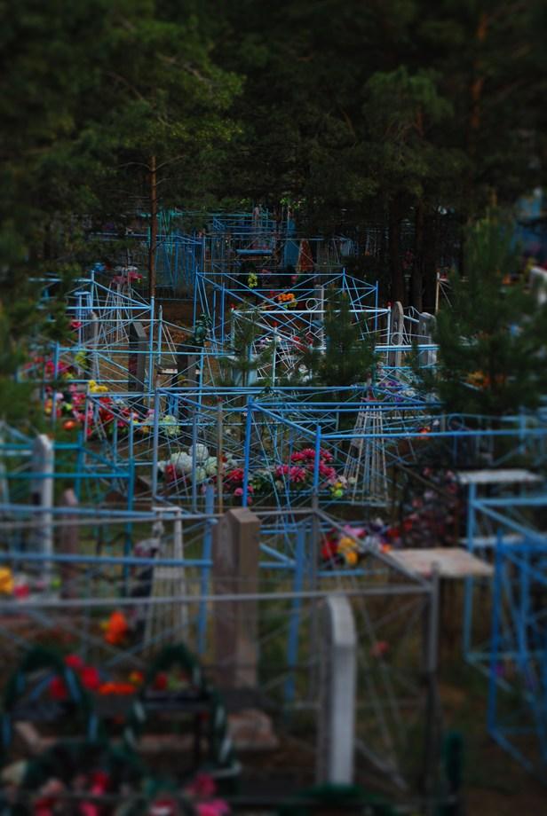 Letzte Übernachtung in Russland: am Friedhof von Kyakhta. Ehrlich, ich konnte russischen Friedhöfen nie etwas abgewinnen.