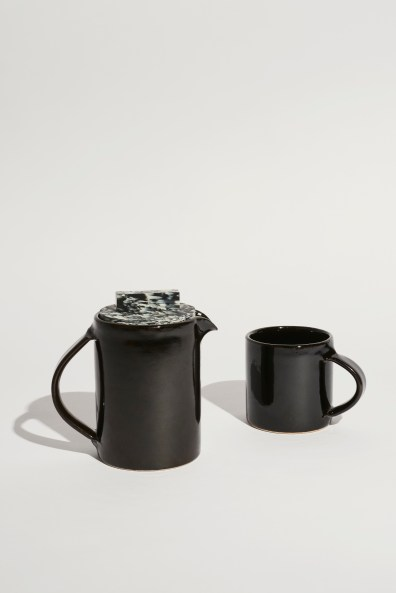 Ready Made Go 3. A1 Coffee Pot and A1 Mug Ian McIntyre. Foto: Ansgar Sollman
