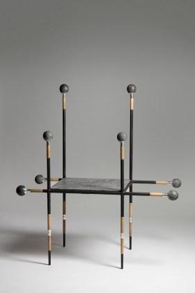LANZA table by Cristian Mohaded. Foto: Fabián Massud
