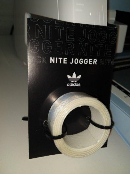 Personalizá Nite Jogger