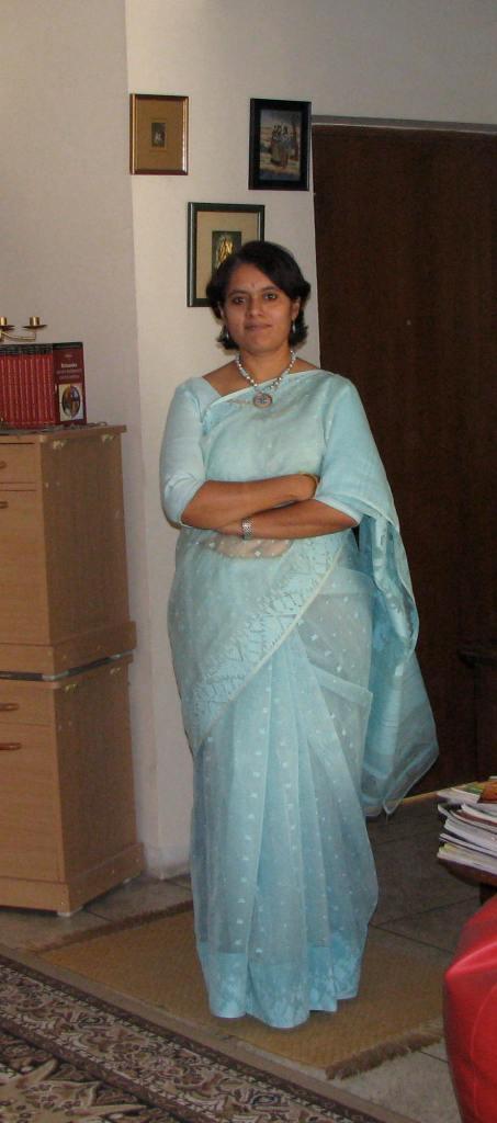 Dakhai Jamdani - blue