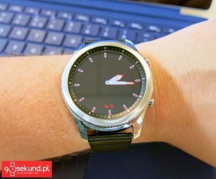 Ta sama tarcza w trybie Always On Display - Samsung Gear S3 Classic (SM-R770) - 90sekund.pl