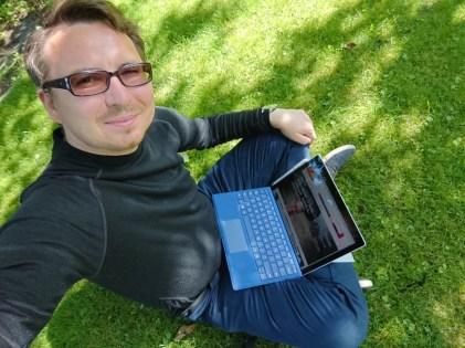 Sony Xperia XZ Premium - Tryb Lepszej Automatyki w aparacie frontowym - 90sekund.pl