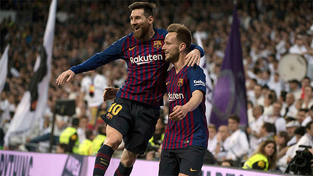 Suarez-inspired Barcelona rout Real Madrid in Copa Clasico