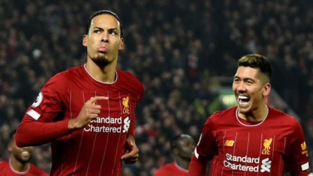 Van Dijk celebrates first goal against Manchester United