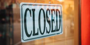 """""""Closed"""" Schild"""