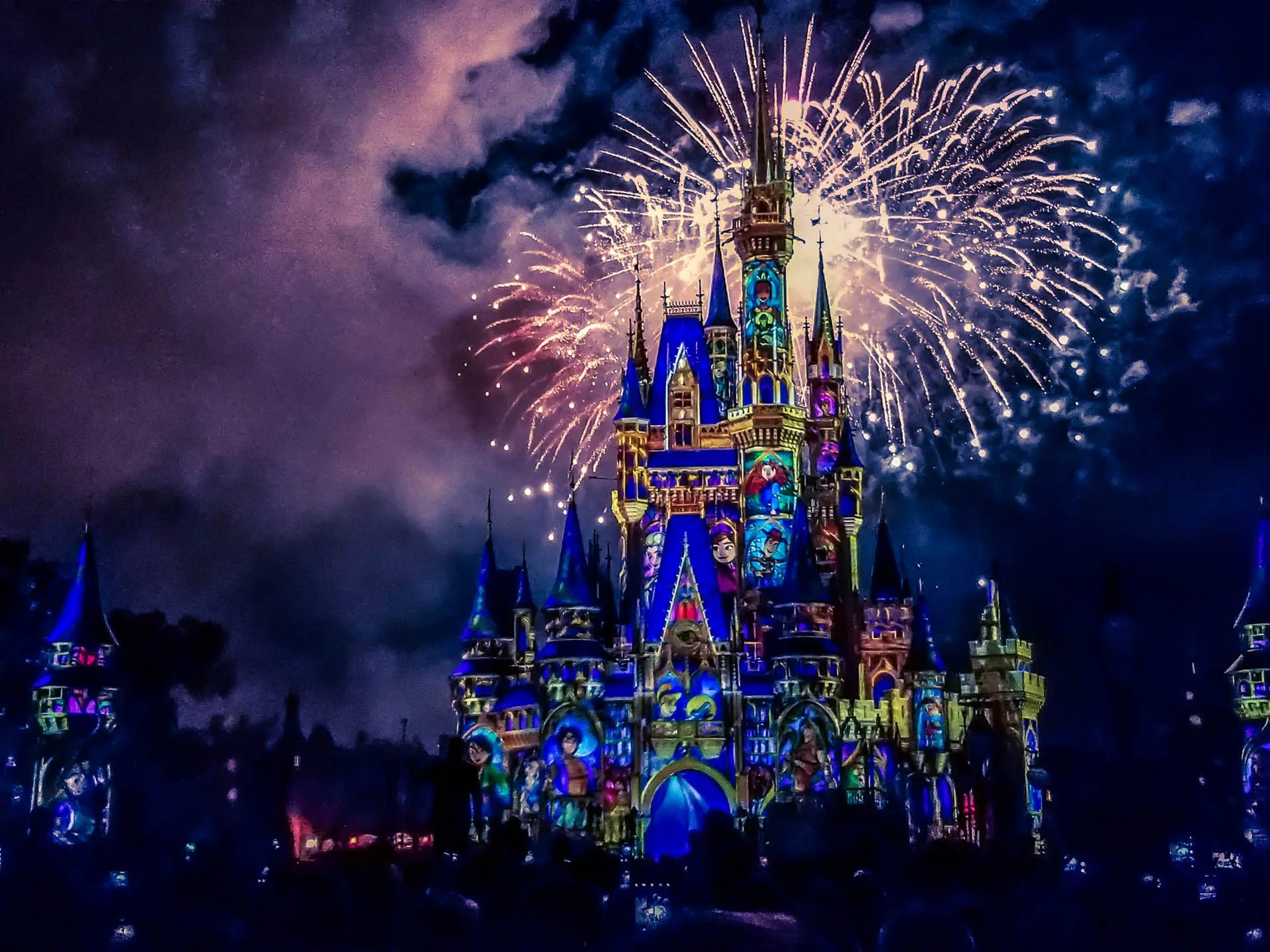 Happily Ever After WDW17 919RALEIGH
