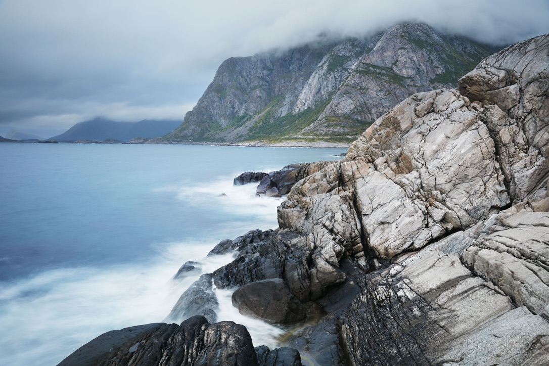 Picture of cliffs by the sea