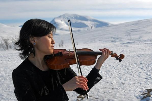 Yuko Kawami - Fiolin