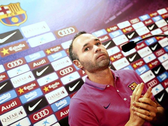Tenemos que ir allí con la mentalidad de ir a ganar, asegura Iniesta (EFE)