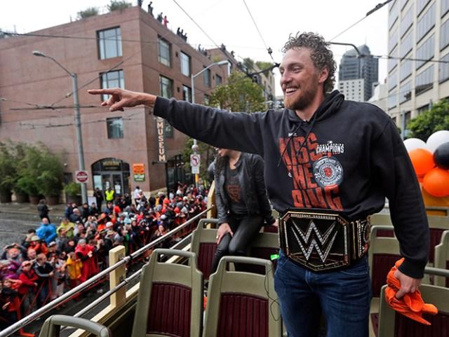 FOTOGALERÍA: Gigante desfile; San Francisco celebra con sus fans (AP)