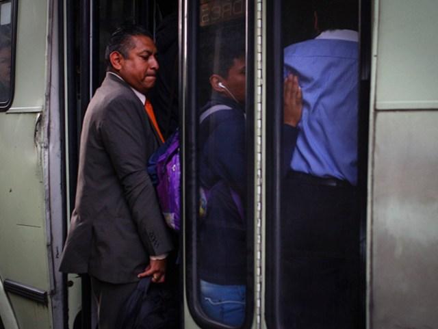 La Secretaría de Movilidad difundió los resultados de cuatro estudios de balance entre oferta y demanda de transporte público. Foto Archivo