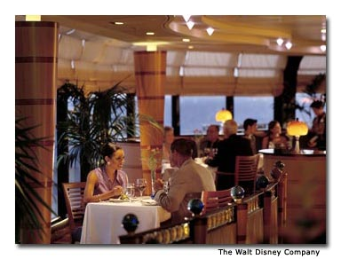 Disney Cruise Line's award-winning Palo restaurant specializes in northern Italian cuisine, panoramic ocean views and intimate dinners.