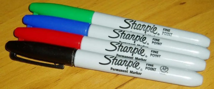 How to disassemble a Sharpie