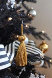 Beautiful Christmas Tree Ornaments Ideas You Must Have 36