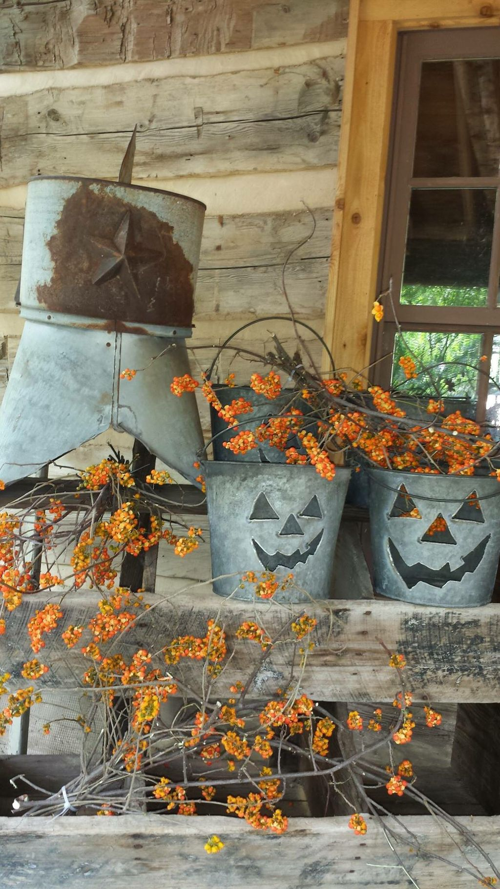 Easy But Inspiring Outdoor Fall Decoration Ideas 81