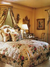 Inexpensive Romantic Bedroom Design Ideas You Will Totally Love 10