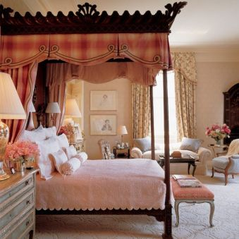 Inexpensive Romantic Bedroom Design Ideas You Will Totally Love 28