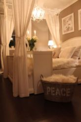 Inexpensive Romantic Bedroom Design Ideas You Will Totally Love 47