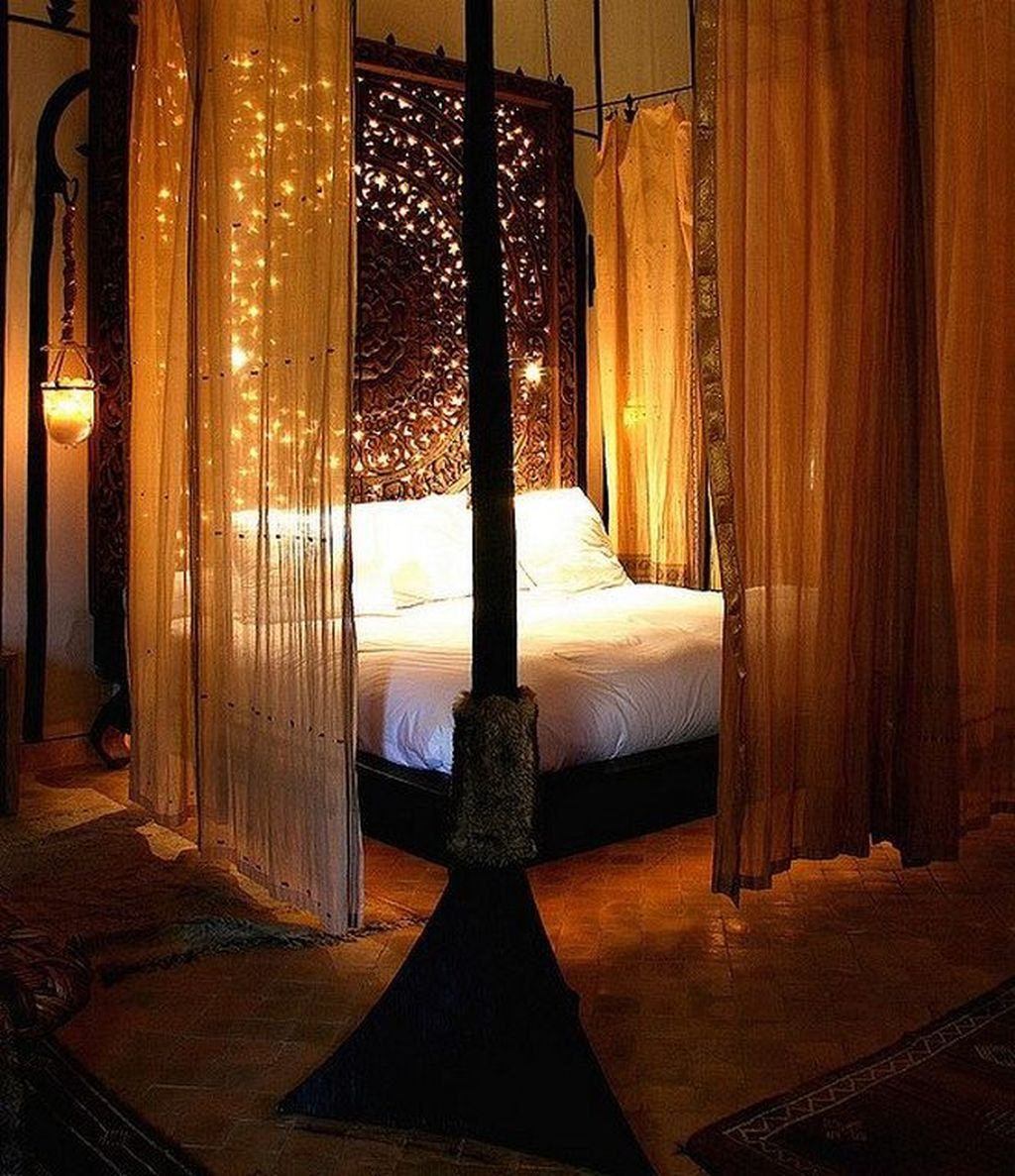 Inexpensive Romantic Bedroom Design Ideas You Will Totally Love 48