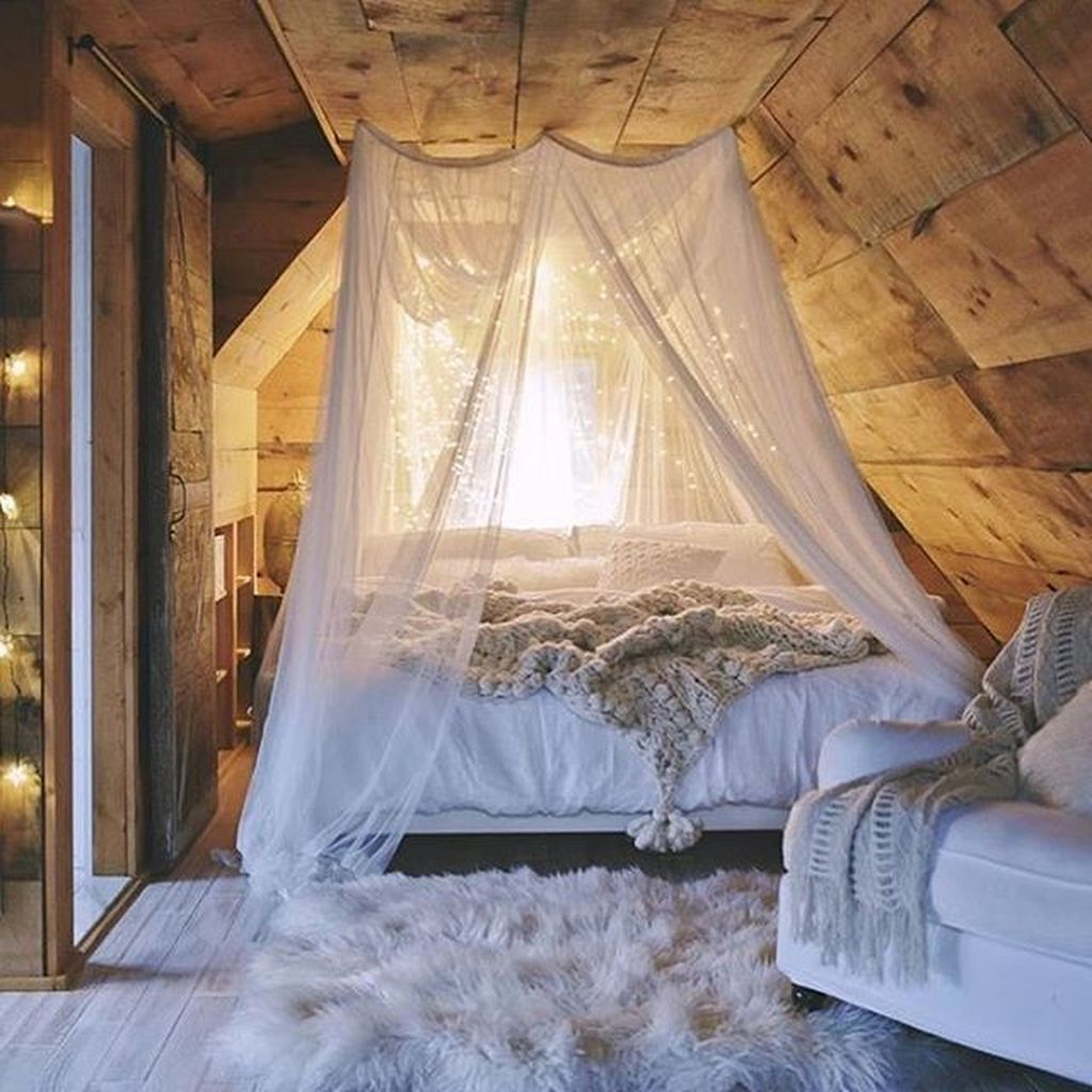 Inexpensive Romantic Bedroom Design Ideas You Will Totally Love 93
