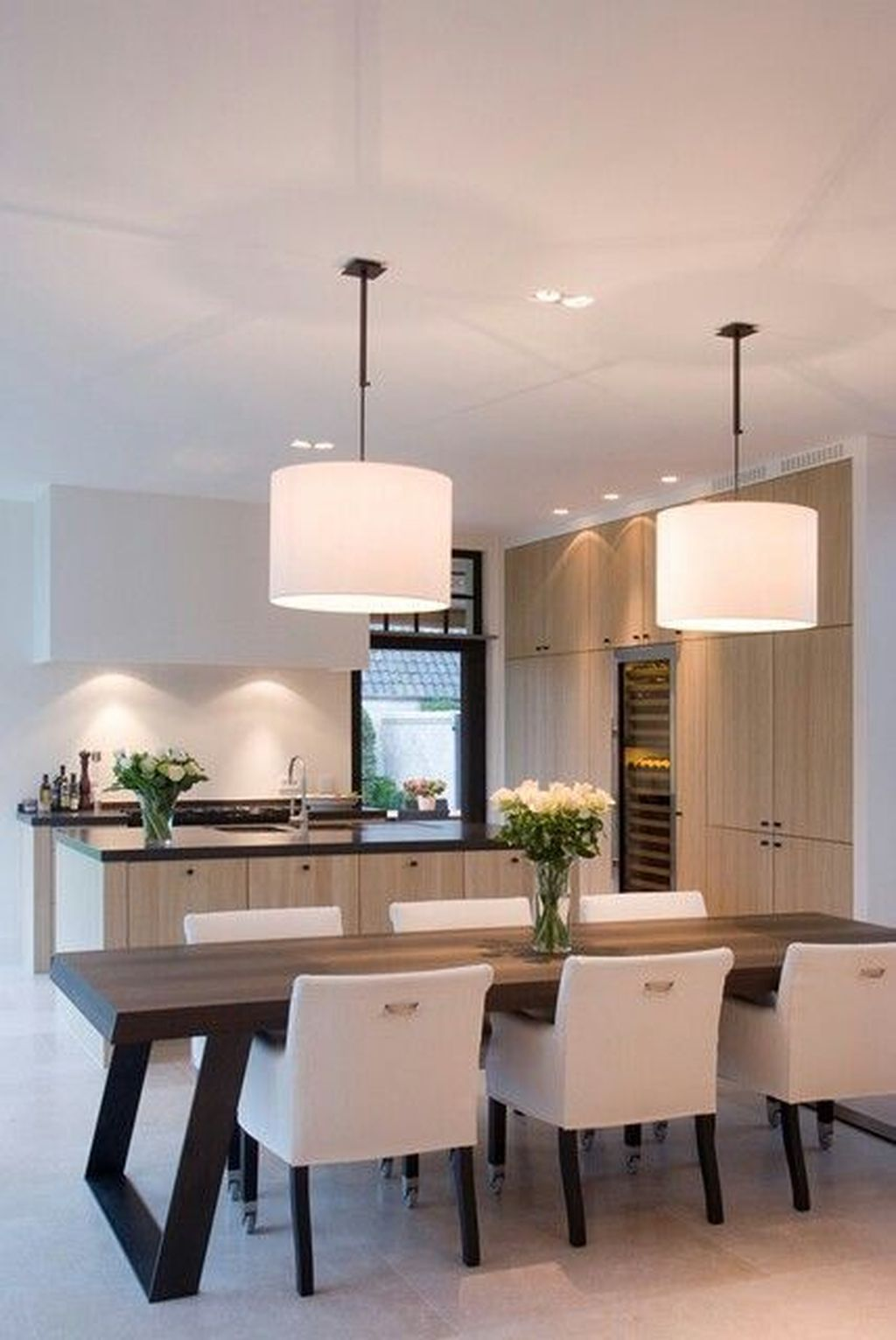 Inspiring Contemporary Style Decor Ideas For Dining Room 76