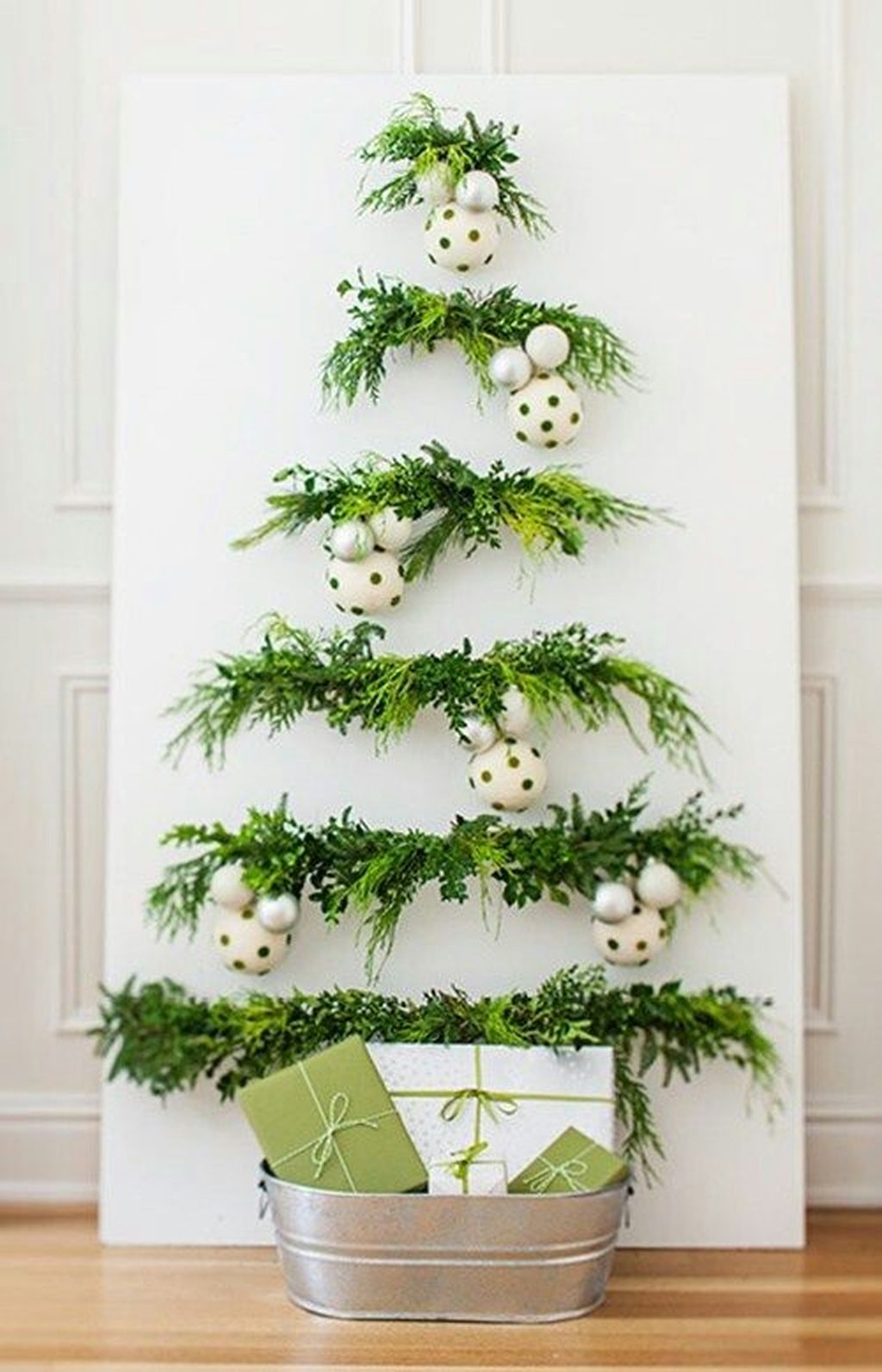 Space Saving Christmas Tree Ideas Suitable For Small Rooms 11
