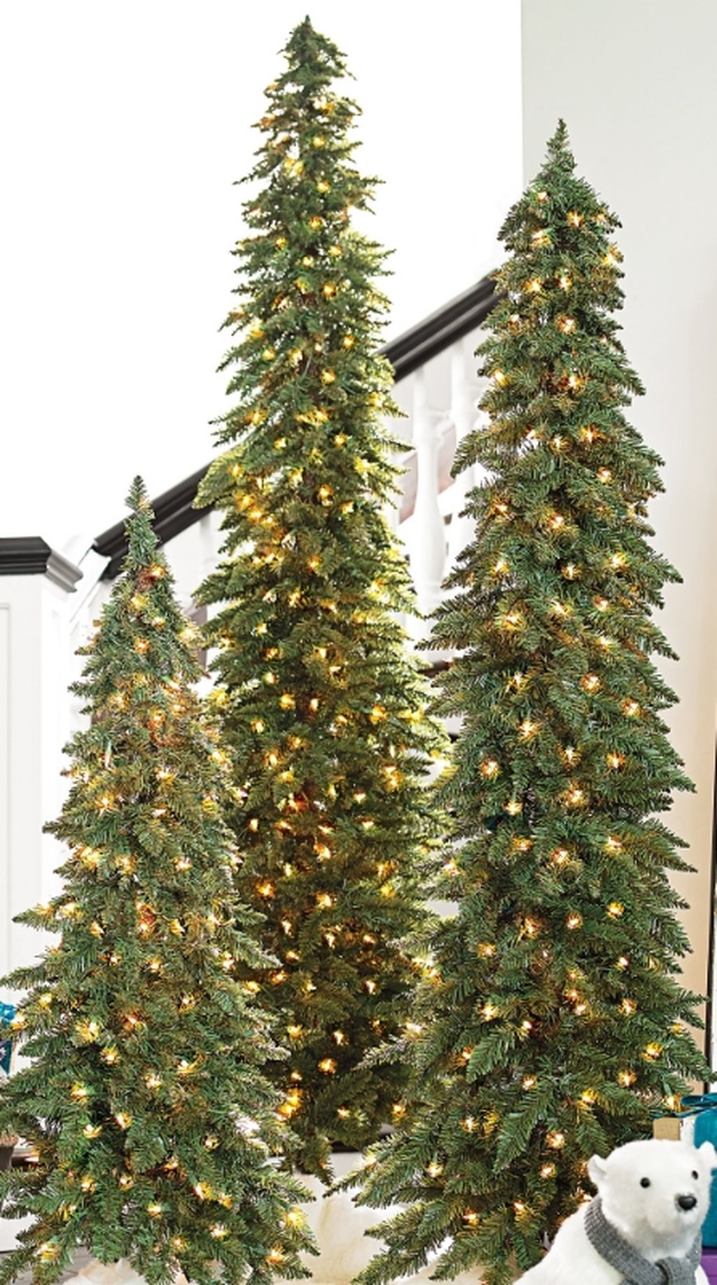 Space Saving Christmas Tree Ideas Suitable For Small Rooms 17