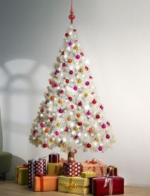 Space Saving Christmas Tree Ideas Suitable For Small Rooms 49