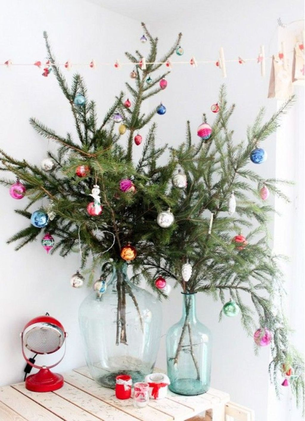 Space Saving Christmas Tree Ideas Suitable For Small Rooms 57