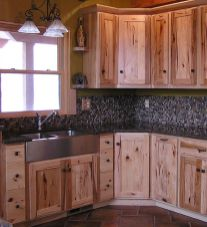 Beautiful Farmhouse Style Rustic Kitchen Cabinet Decoration Ideas 19
