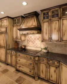 Beautiful Farmhouse Style Rustic Kitchen Cabinet Decoration Ideas 37