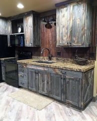 Beautiful Farmhouse Style Rustic Kitchen Cabinet Decoration Ideas 54