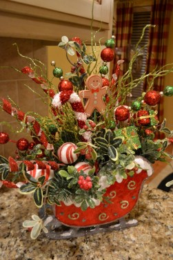 Beautiful Red Themed Kitchen Design Ideas For Christmas 06