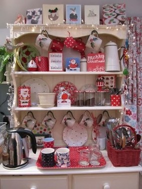 Beautiful Red Themed Kitchen Design Ideas For Christmas 07