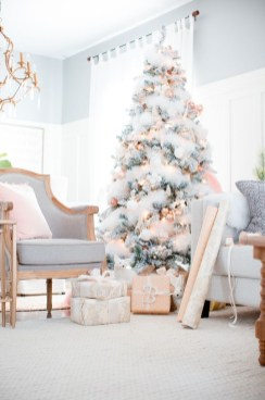 Cute And Adorable Pink Christmas Tree Decoration Ideas 01