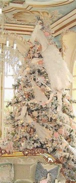 Cute And Adorable Pink Christmas Tree Decoration Ideas 03