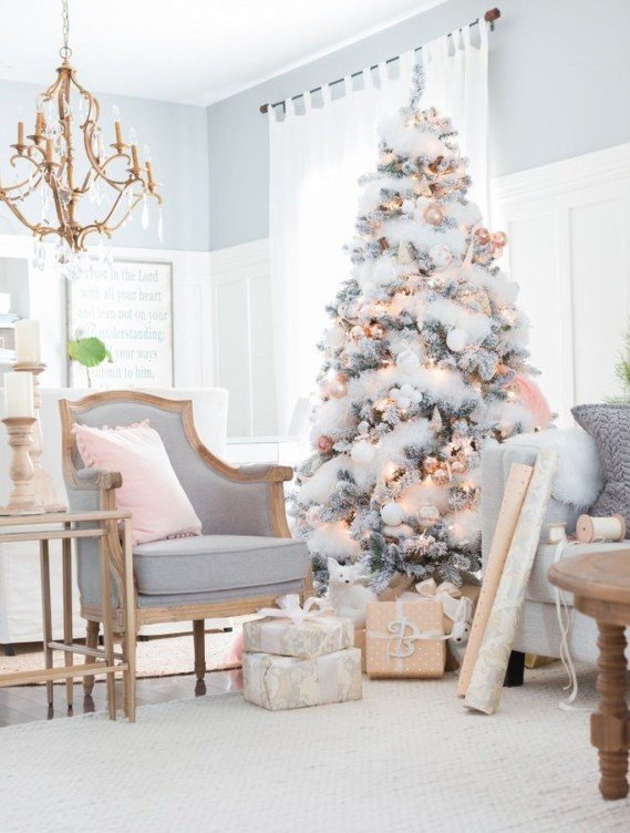 Cute And Adorable Pink Christmas Tree Decoration Ideas 17