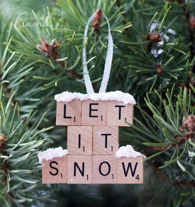 Cute And Creative Homemade Christmas Ornaments Ideas You Should Try 10