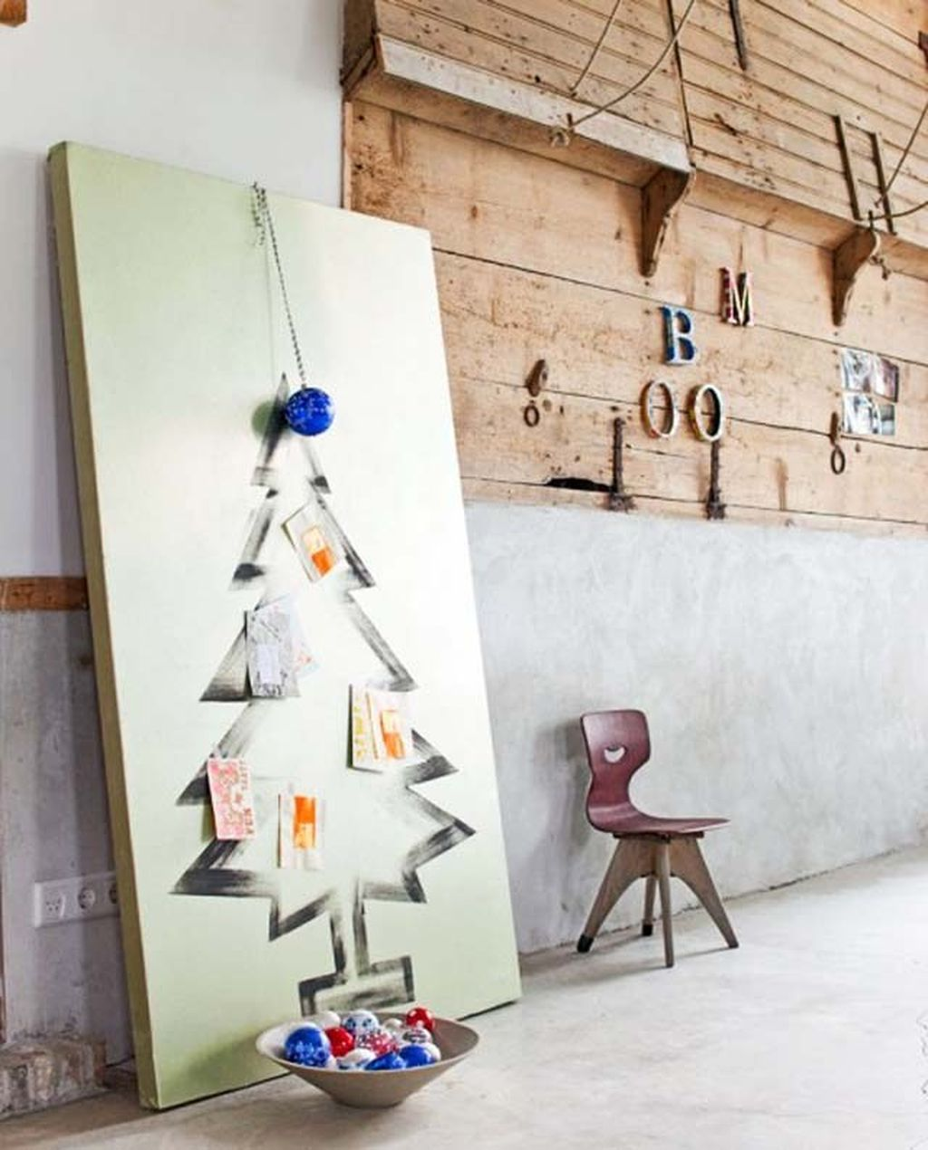 Easy And Creative DIY Christmas Tree Design Ideas You Can Try As Alternatives 67