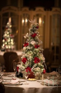Elegant And Beautiful Tabletop Christmas Tree Centerpieces Ideas 03