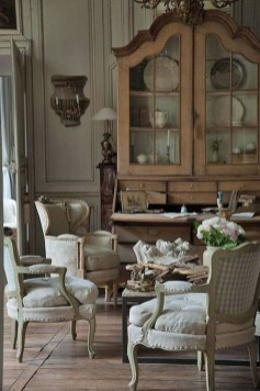 Incredible And Stunning French Home Decoration Ideas 06