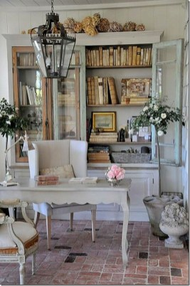 Incredible And Stunning French Home Decoration Ideas 35