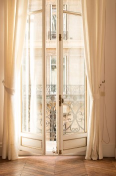 Incredible And Stunning French Home Decoration Ideas 89