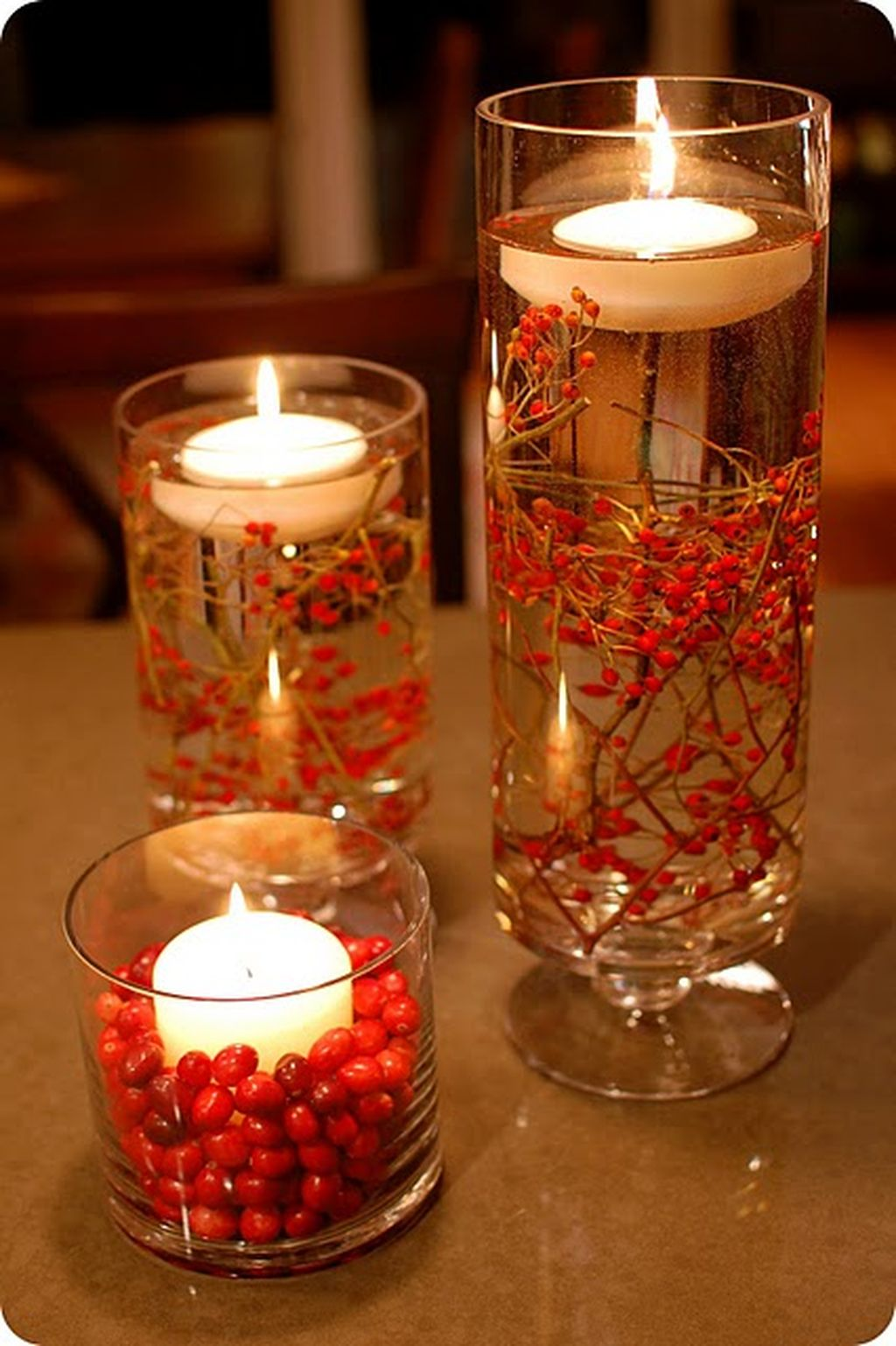 Inspiring Modern Rustic Christmas Centerpieces Ideas With Candles 05