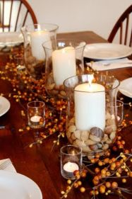 Inspiring Modern Rustic Christmas Centerpieces Ideas With Candles 23