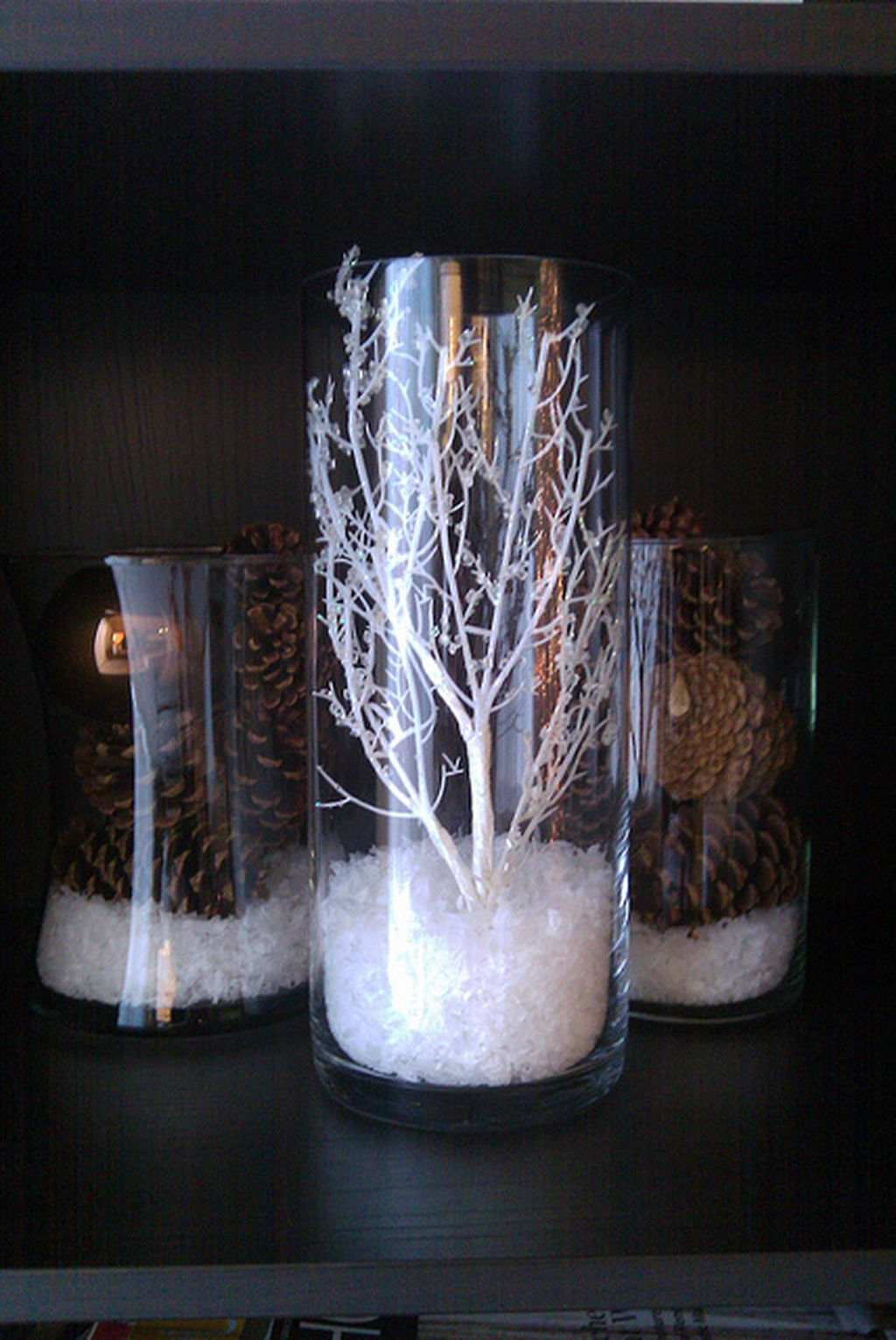 Inspiring Modern Rustic Christmas Centerpieces Ideas With Candles 42