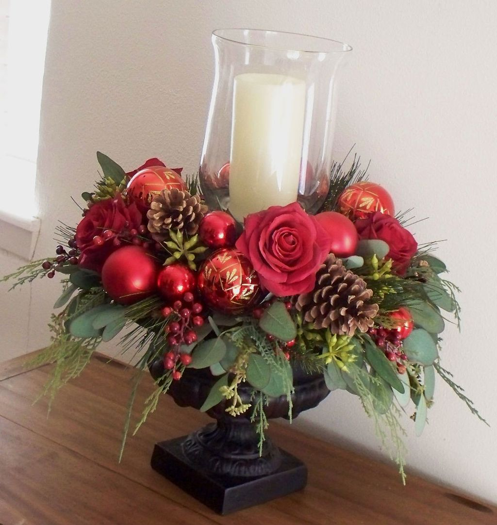 Inspiring Modern Rustic Christmas Centerpieces Ideas With Candles 67